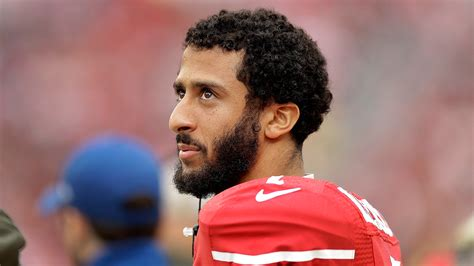 colin kaepernick 49ers qb colin kaepernick refuses to stand for u s anthem