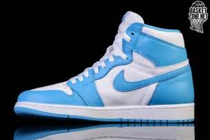 Nike Air 1 Retro High Og Unc nike air 1 retro high og unc white powder blue bg