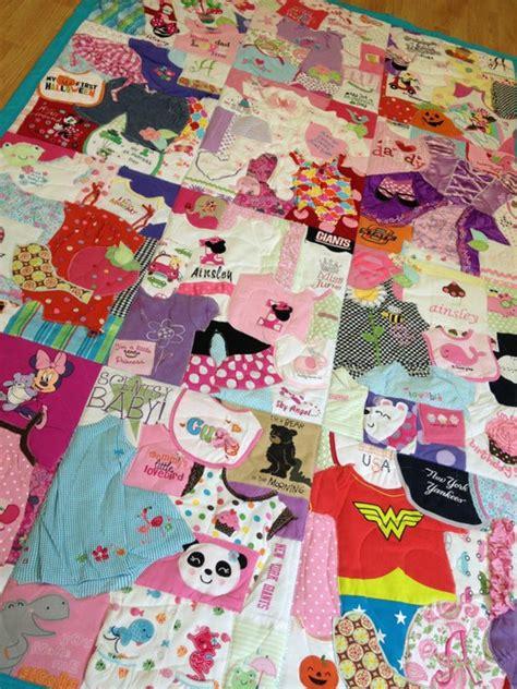 Patchwork Quilt Out Of Baby Clothes - colcha feita roupinhas das crian 231 as roteiro baby