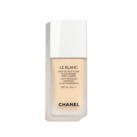 Foundation Chanel le blanc light revealing whitening fluid foundation spf 30