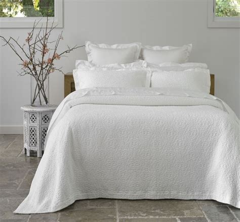 define bedding home decor alluring white bedspread full high definition