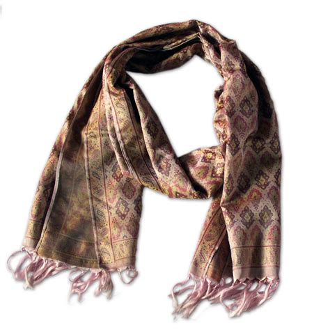 silk scarves for fashions