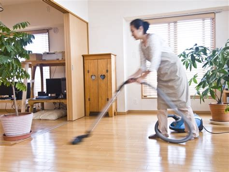 cleaning the house 6 surprising health benefits of house cleaning