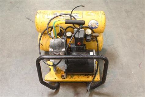 contractor series air compressor property room