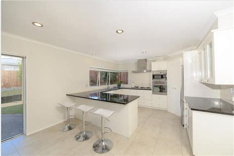 home staging furniture hire auckland