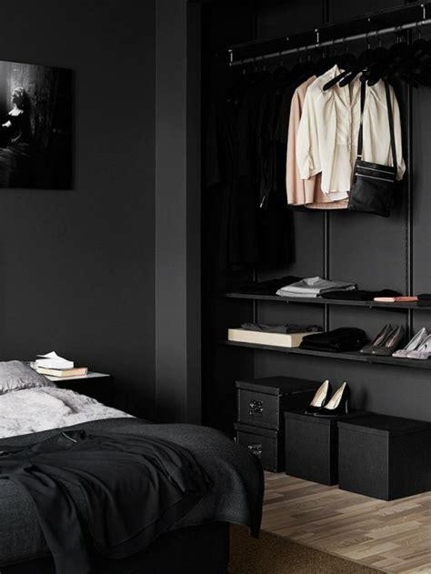 schwarze möbel welche wandfarbe schlafzimmereinrichtung massivholz