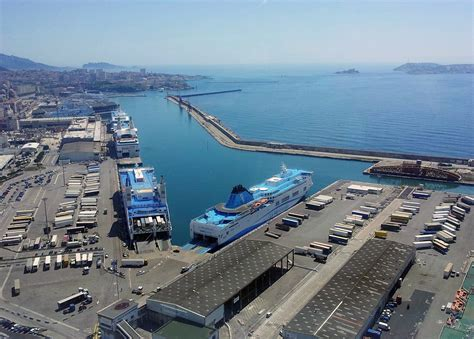 marseille port overview