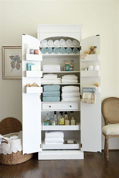 Bathroom Storage Cabinet For Towels 25 Best Ideas About Linen Cabinet On Pinterest Linen Cabinet In Bathroom Bathroom Linen