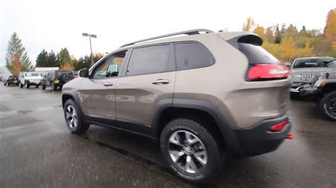 light brown jeep 2018 jeep trailhawk 4x4 light brownstone