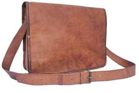 Tas Kanvas Messenger Bag Canvas Leather Vintage Style Slempang Khaki different of leather messenger bags for men s