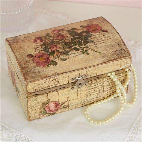 decoupage jewellery 25 best ideas about decoupage box on farewell