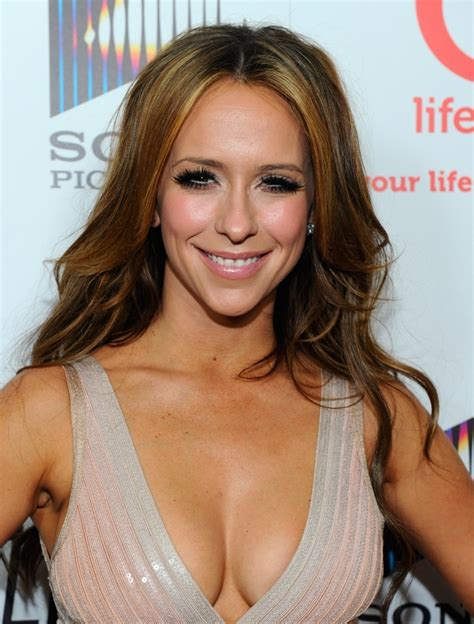 jennifer love hewitt wallmaya com