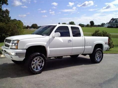 Custom White 03 2003 chevrolet silverado 1500 z71 16 000 100219371 custom lifted truck classifieds lifted