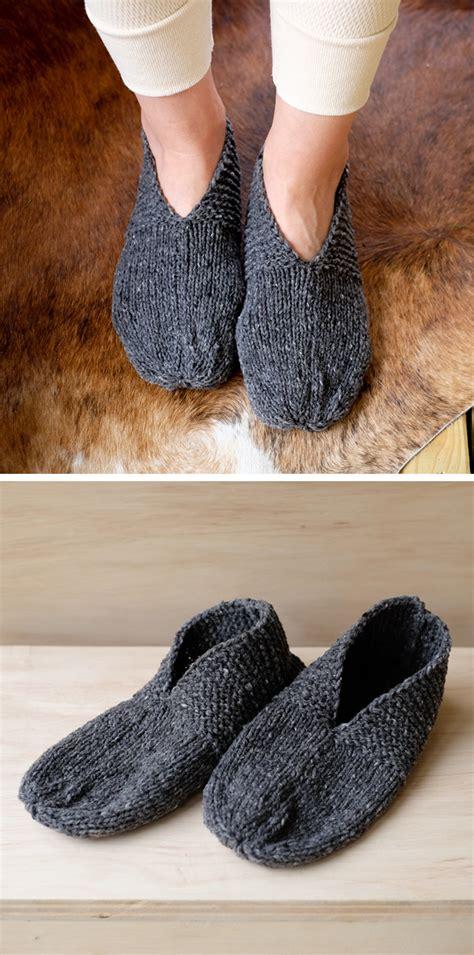 knitting pattern house slippers ktfo 2016 20 simple house slippers fringe association
