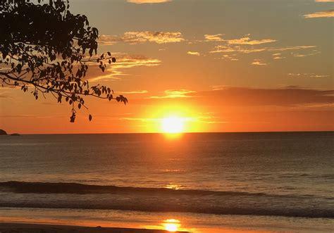 poringueras en las playas las 10 mejores playas de guanacaste costa rica los