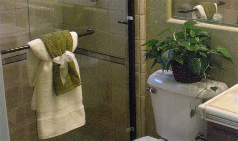 Bathroom Towels Decoration Ideas - towel decorations shaping spaces