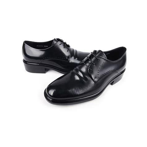 s chic black leather lace ups plain toe black dress