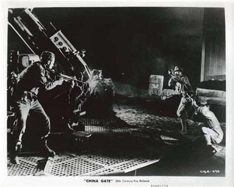 film china gate 1957 gene barry gunfight scene china gate 8x10 1957
