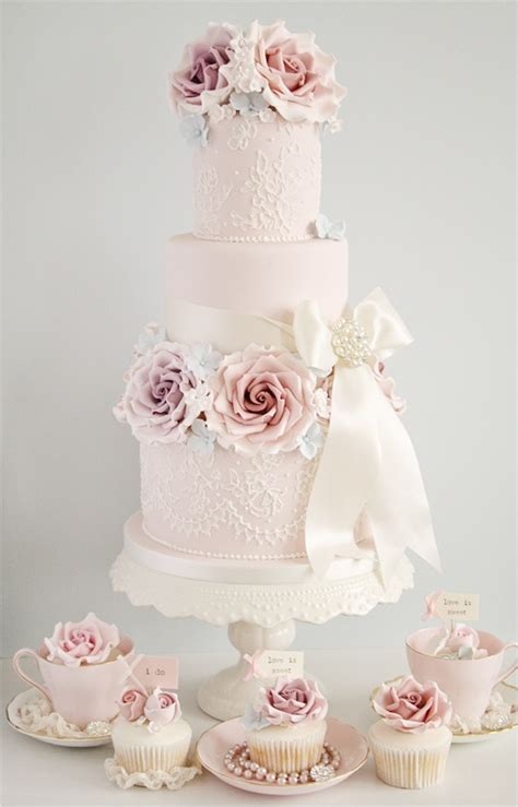 Hochzeitstorte Vintage Rosa by Tiers Of Vintage Inspired Wedding Cakes Froufrou