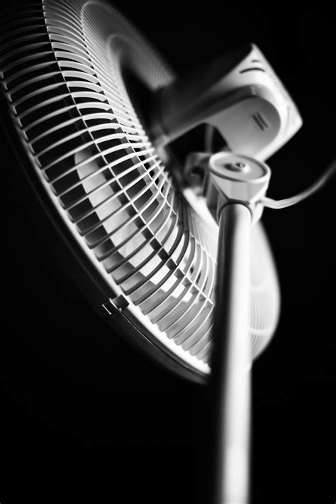 what is an oscillating fan best oscillating fan reviews rate fans