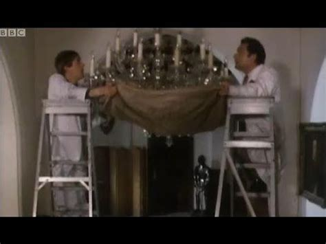 Chandelier Comedian Only Fools And Horses The Chandelier And The O Jays On