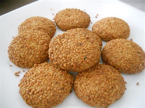 pratik tahinli kurabiye tarifi 3 kolay kurabiye tarifleri pratik susamli kurabiye tarifi kolay kurabiye tarifleri