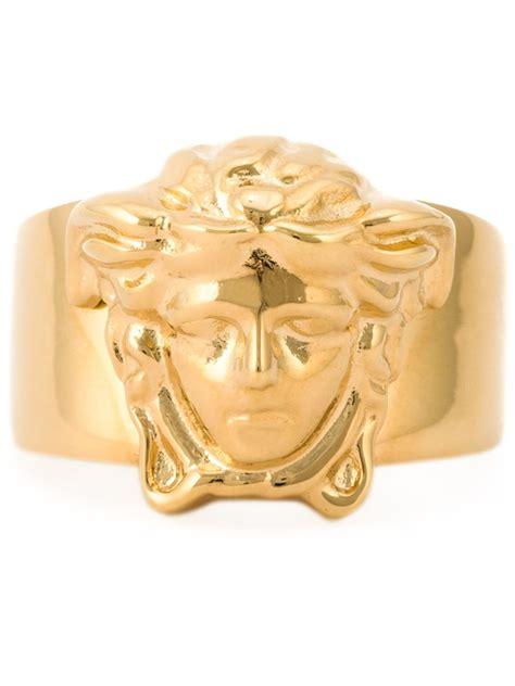 versace medusa ring in gold for metallic lyst