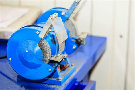 skil bench grinder skil 3380 01 6 inch bench grinder the precision tools