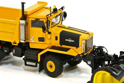 Oshkosh Sound 4 Y oshkosh p series 2 axle 4x4 plow yellow dhs diecast collectables inc