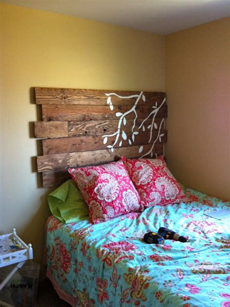 pallet headboard instructions dishfunctional designs god save the pallet reclaimed