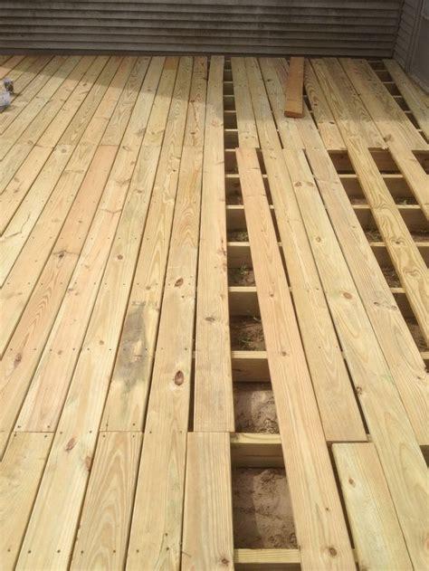 dirt  deck   build  ground level deck