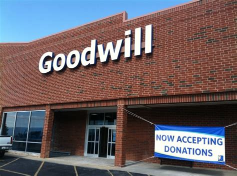 Furniture Donation Md by Now Open Walkersville Goodwill