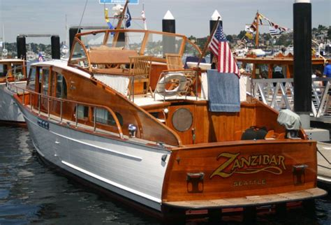 wooden boat yacht i can t find the stats on this boat but she s so gorgeous