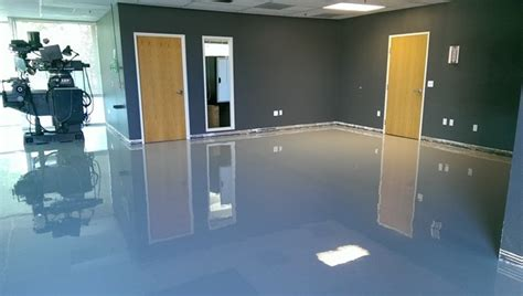 epoxy paint  refinish  garage floor