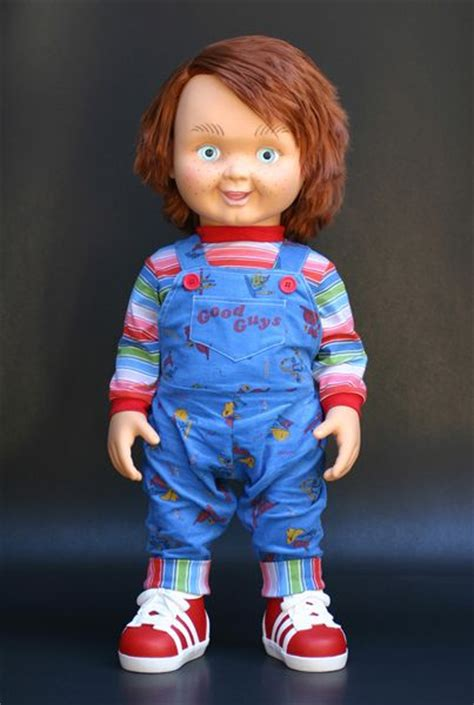 movie replica chucky doll good guy doll replica best movies ever pinterest