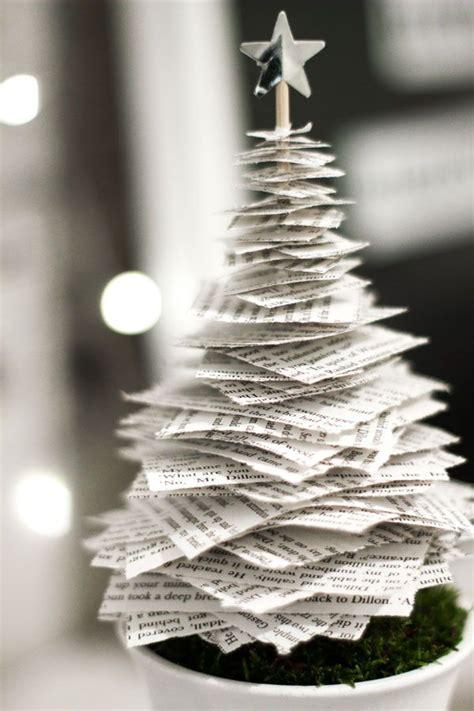 apreciamos un rbol de navidad hecho de nieve en su inferior con m 225 s de 25 ideas 250 nicas sobre manualidades de navidad