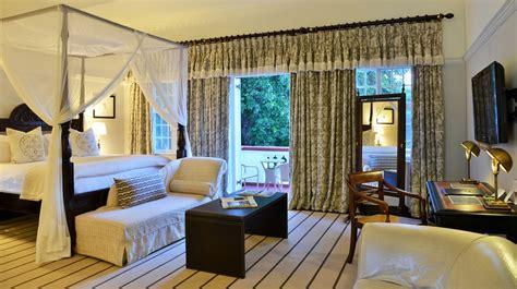 honeymoon in hotel room honeymoon suites 2 the falls hotel