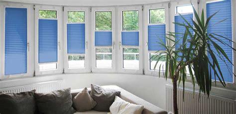 Sichtschutz Fenster Gartenhaus by Haustur Sichtschutz Affordable Gartenhaus Mit Terrasse