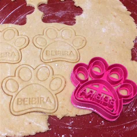 treat cookie cutters custom paw treat cookie cutter for pets layerica
