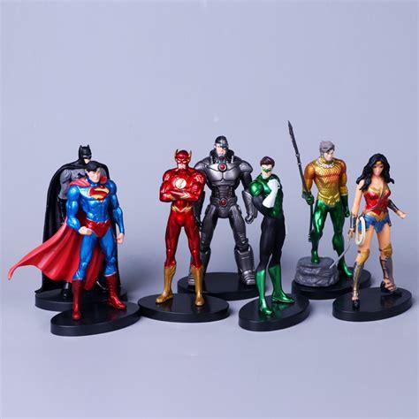 Figure Justice League Set 7 Superman Flash Batman Aqua 7pcs set justice league 14cm superman batman flash neptune figure