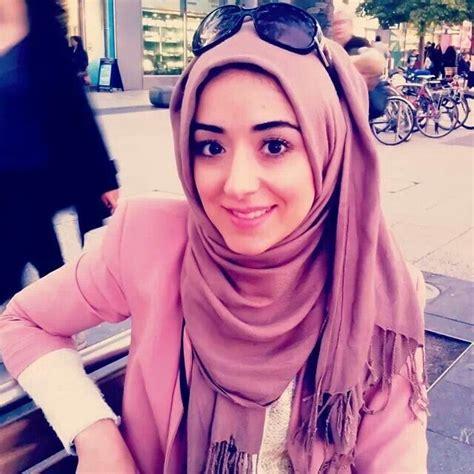 tutorial makeup zukreat zukreat nazar her hijab wearing is soo cute hijab