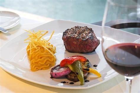 columbia steak house usda fillet steak photo de columbia steak house limassol tripadvisor