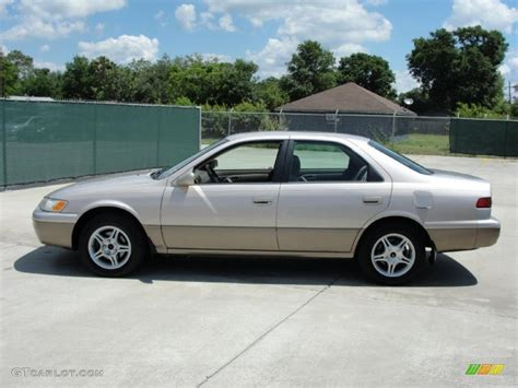 1997 Toyota Camry Le 1997 Beige Metallic Toyota Camry Le V6 31643893