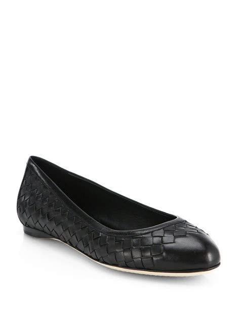 bottega flat shoes bottega veneta woven leather ballet flats in black lyst