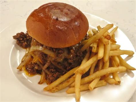 Down Home Chili Cheeseburger with Fries Recipe   Emeril