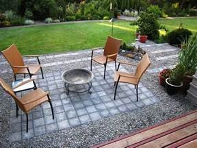 Paver And Gravel Patio Small Gravel And Paver Patio Diy Patio Ideas