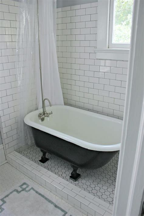 bathtub shower curtain surround 25 best ideas about clawfoot tub shower on pinterest