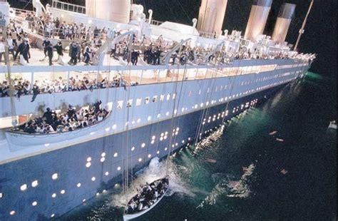 film titanic est sorti quelle ann e james cameron a pr 233 sent 233 les premi 232 res images de titanic
