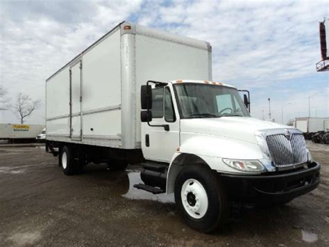 international   dry box truck dealer center