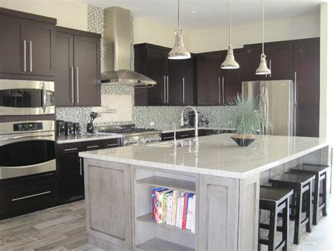 kitchens with granite countertops white cabinets sparkly granite kitchen countertops white granite kitchen